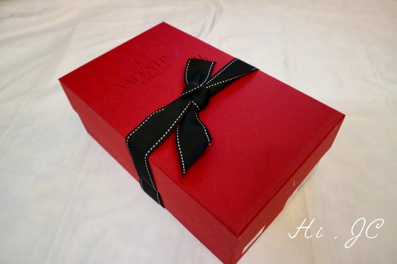 Valentino Rockstud鉚釘鞋開箱文(The Rockstud leather point-toe flats)–紅鞋盒的秘密絕不後悔的珍藏系列